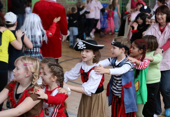 51-05_kinderfasching_30