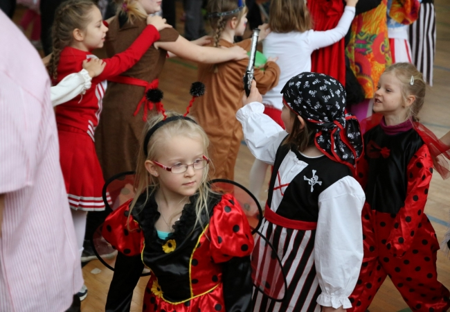 51-05_kinderfasching_33