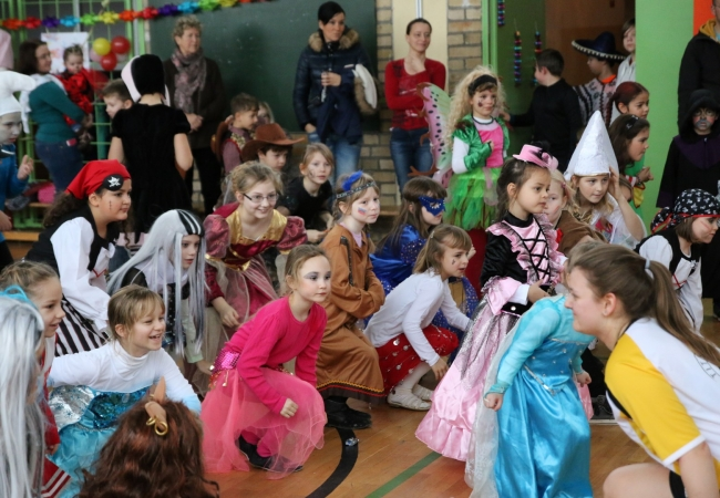 51-05_kinderfasching_44