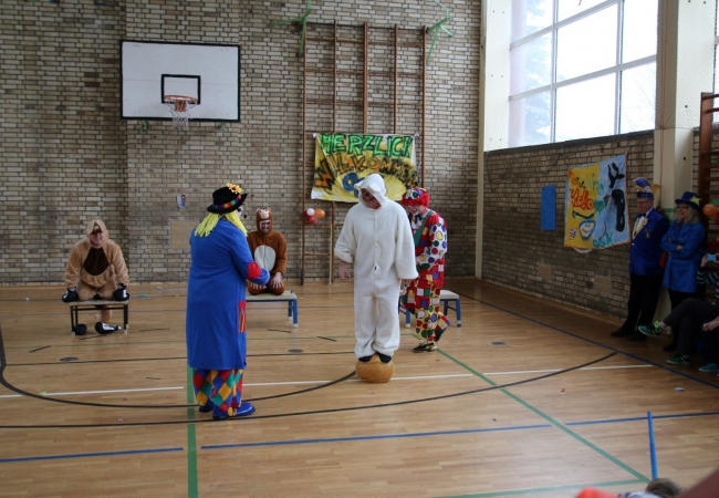 51-05_kinderfasching_45