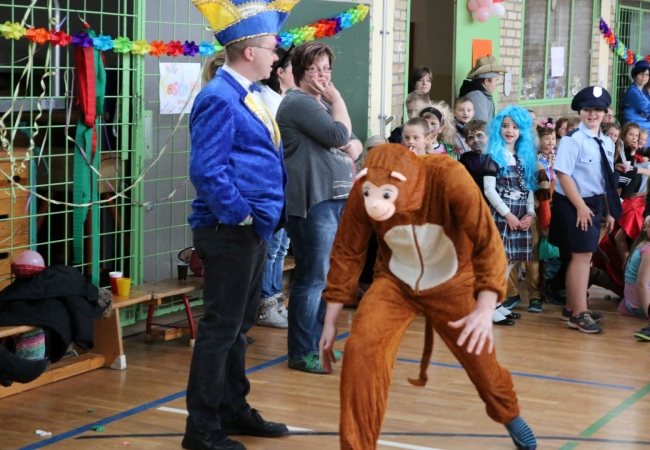 51-05_kinderfasching_48